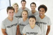 Five Ways Volunteering Makes You Happy